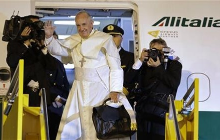 Pope Francis a stranger to the US in many ways