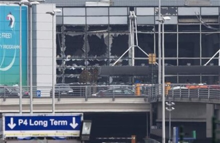 At least 31 dead in bombings of Brussels airport, metro